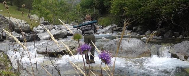 En este momento estás viendo De pesca en el Valle de Benasque; saludando a los duendes del río Estós