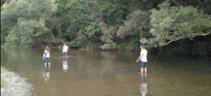 Acompañando en el proceso de aprendizaje de la pesca con mosca